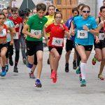 Start der Drei W U16 Läuferinnen; Samira, Alexandra und rechts Céline