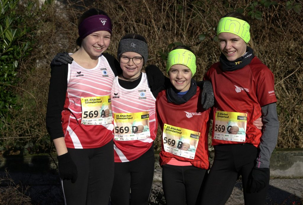 Nachwuchsteam; Aline, Melissa, Aino und Elin