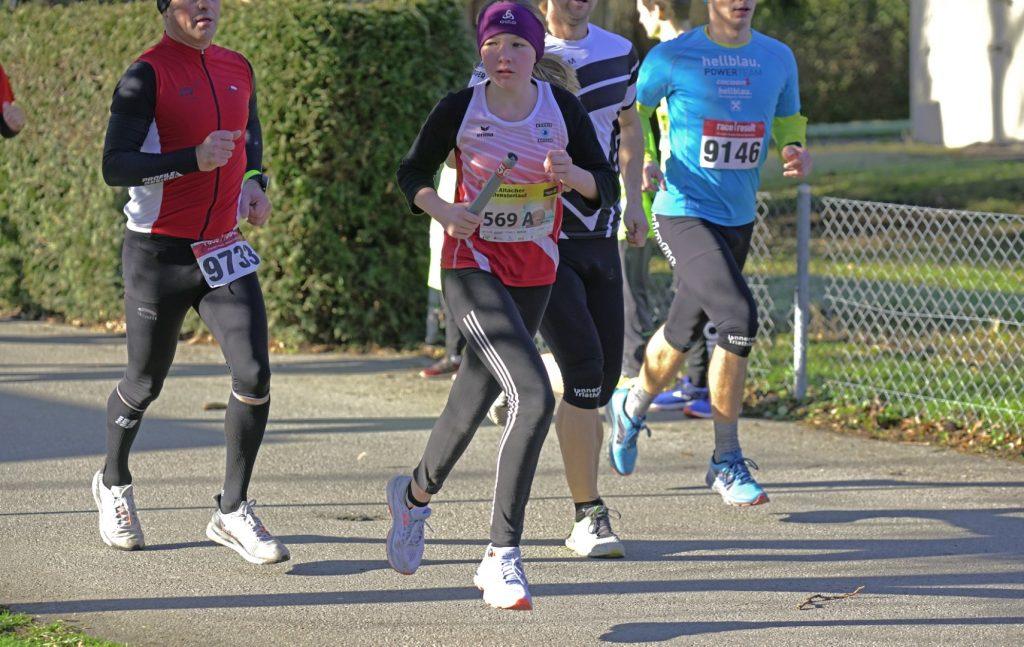 Aline Startläuferin in ihrer Staffel